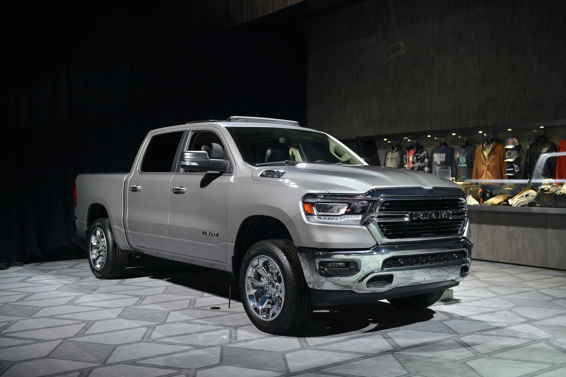 2019 grey Dodge Ram 1500 Laramie - HD Image #12 on ...