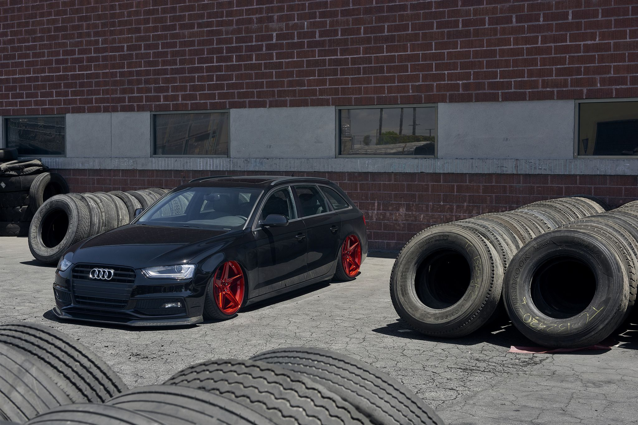 Black tuned Audi B8.5 Avant pictures