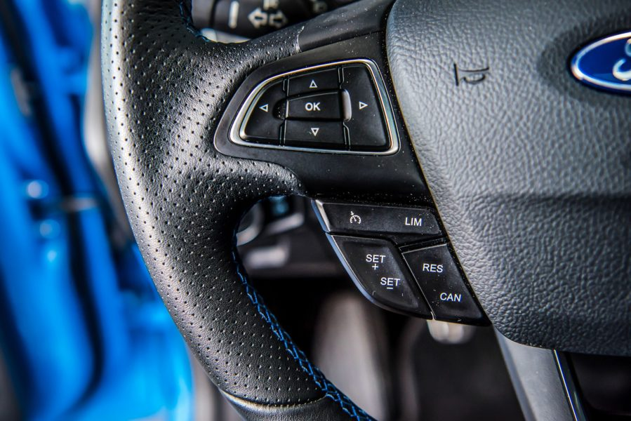 Ford Focus RS interior 4