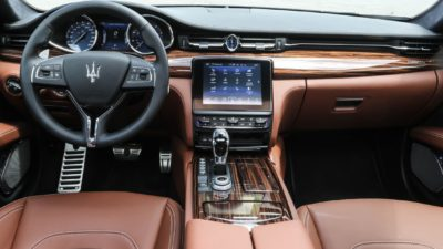 Two colour leather interior of luxury sedan Maserati Quattroporte S Q4 GranLusso 02