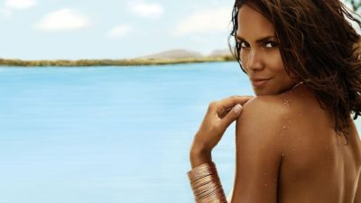 Beautiful mulatto and American Hollywood actress Maria Halle Berry