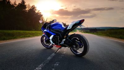 Suzuki GSX-R Series (600-750cc), Black, Blue, Yellow, Sport bike.
