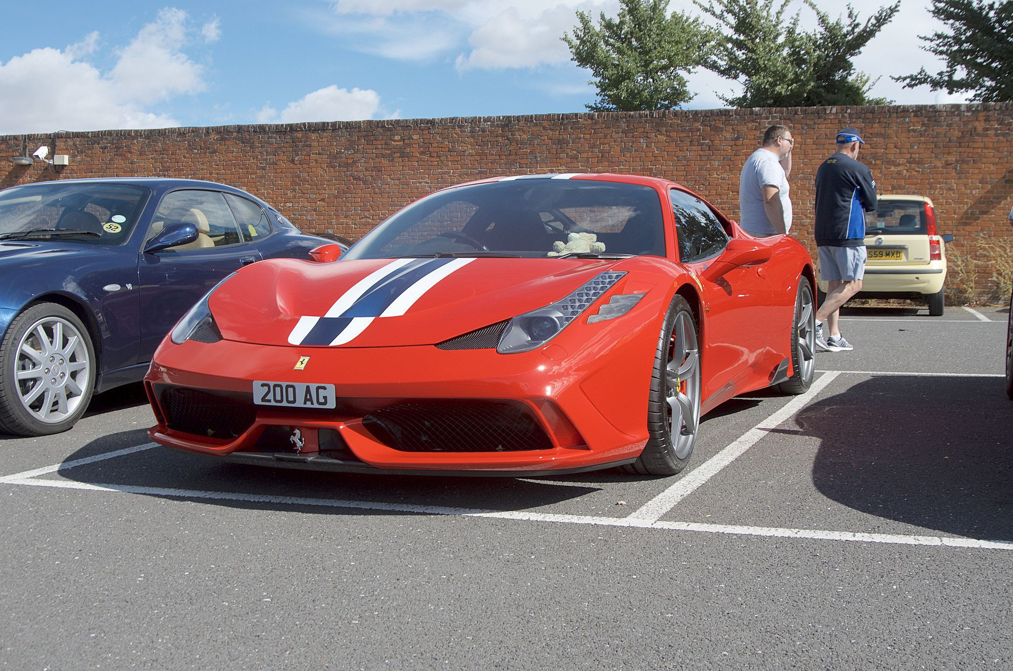 red super sport car - Ferrari Speciale 458