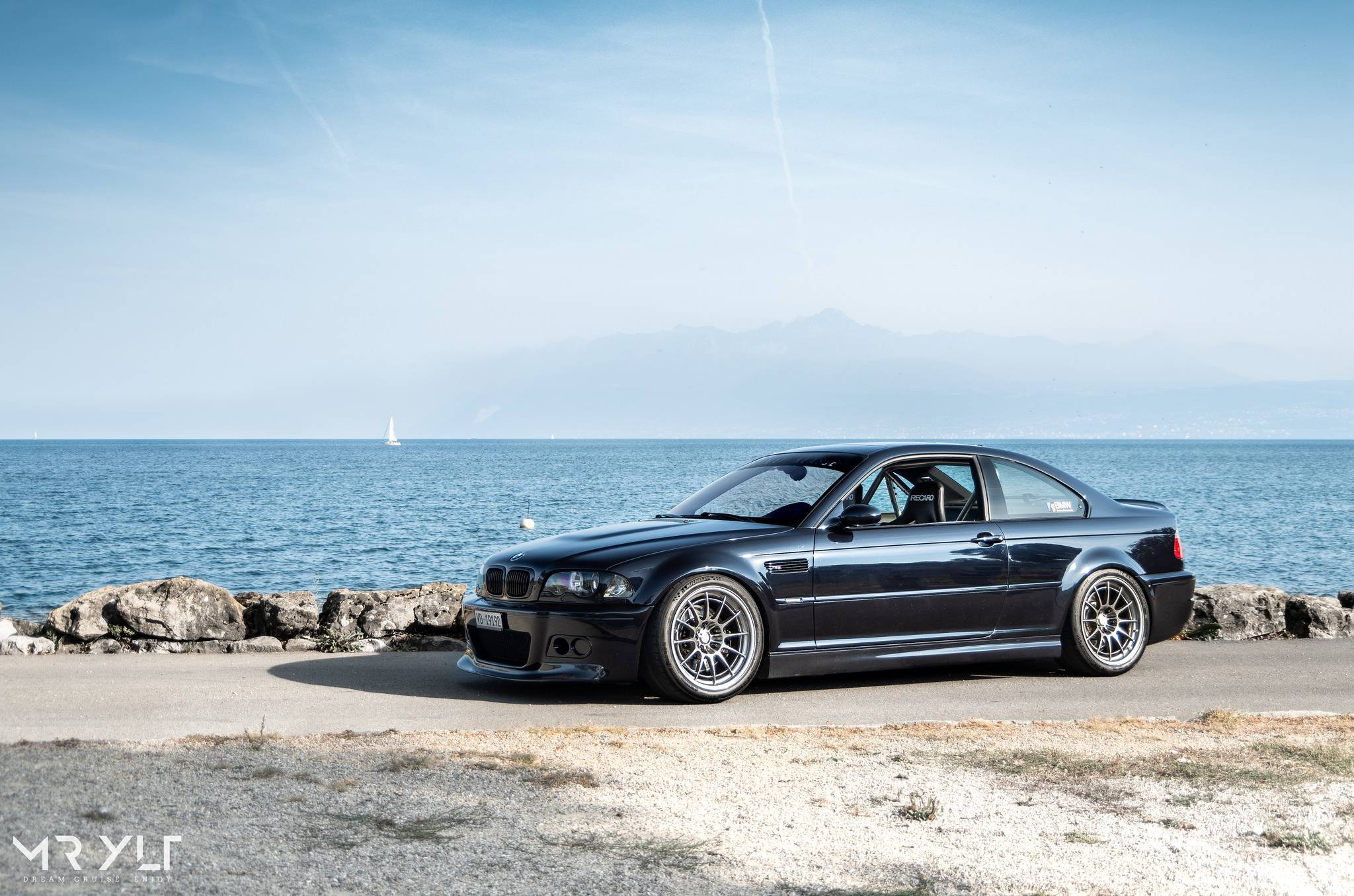 black BMW M3 E46 coupe