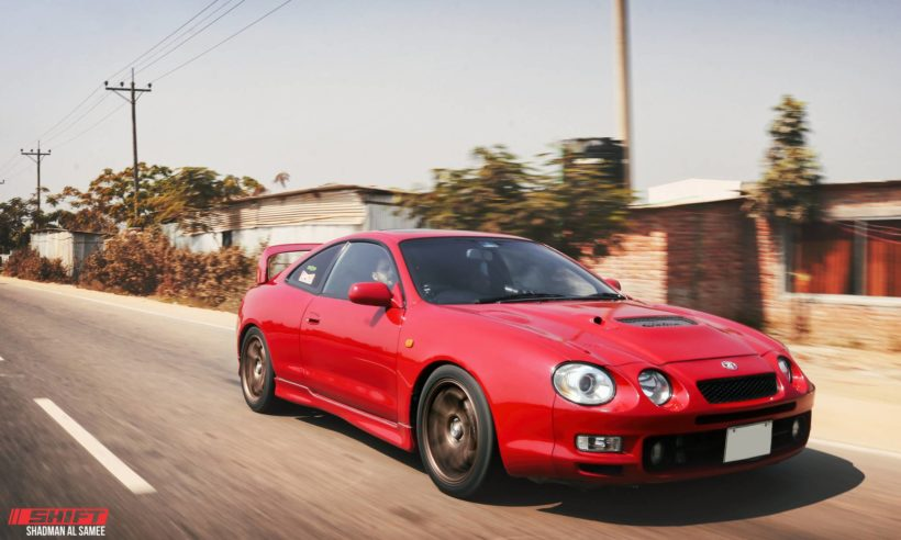 red Toyota Celica ST203 coupe