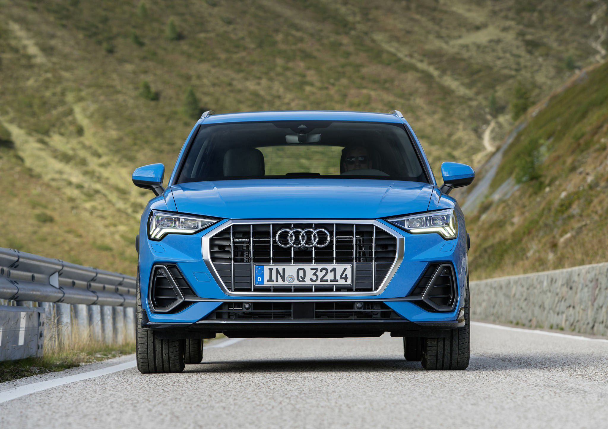7 Audi Q3 2019 Hd High Quality Images