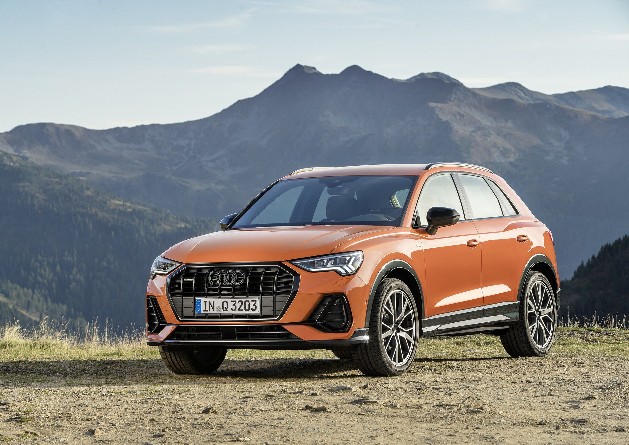 7+ Audi Q3 2019 HD High Quality Images