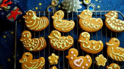 Duck shaped gingerbread, Sweets, Christmas spirit