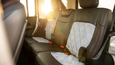 Wrangler Rubicon JLU interior design