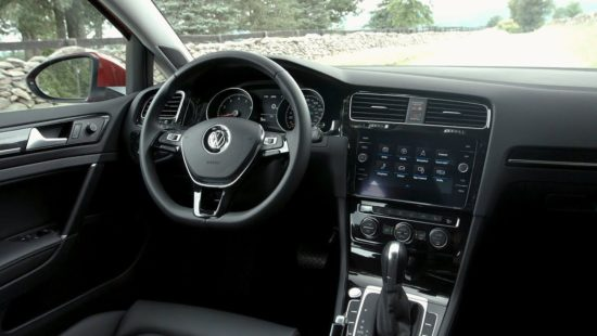 2018 VW Golf SportWagen - interior (usa spec)