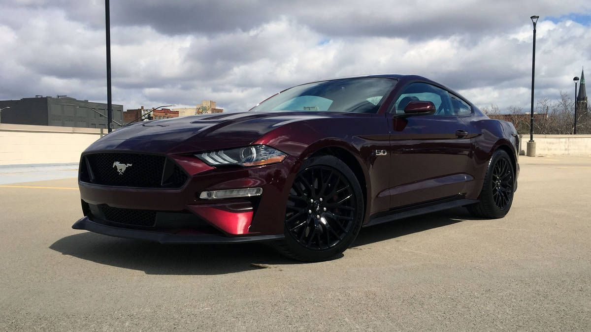 Ford mustang gt 2018 black hd image 2