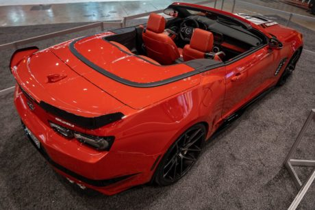 Photo 01: 2019 Chicago Blackhawks Chevrolet Camaro 2SS Cabrio, Red