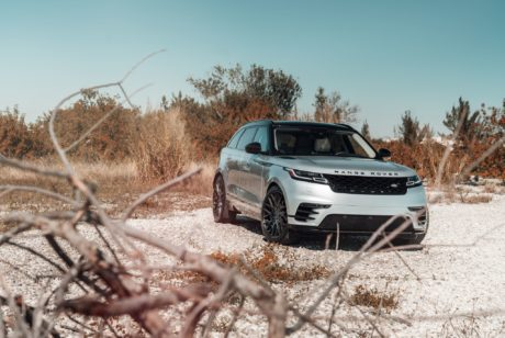 Photo 02: Range Rover Velar
