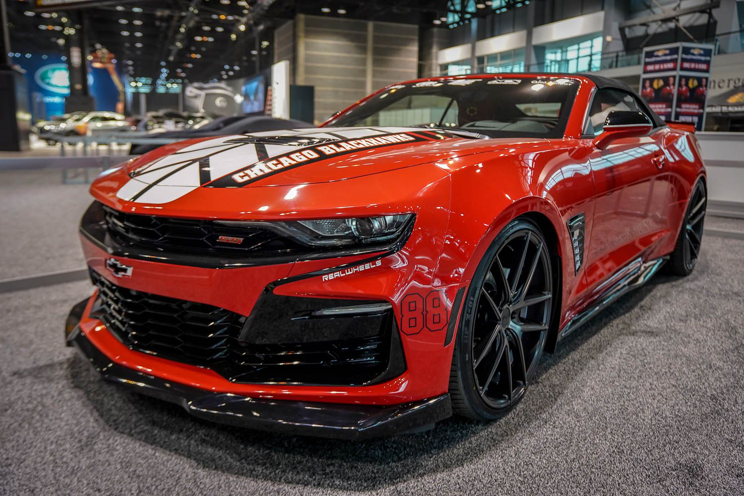 Photo 05: 2019 Chicago Blackhawks Chevrolet Camaro 2SS Convertible