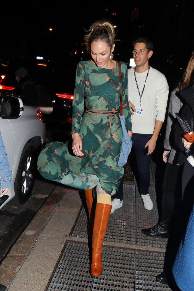 Photo 09: Candice-Swanepoel leaves the Prabal Gurung Fashion Show 11 02 2019