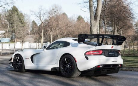 2018 white Dodge Viper ACR