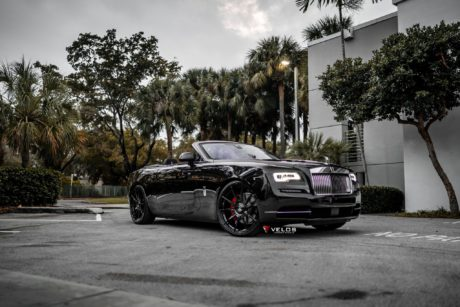 2019 Black Badge Rolls Royce Dawn palms full hd image