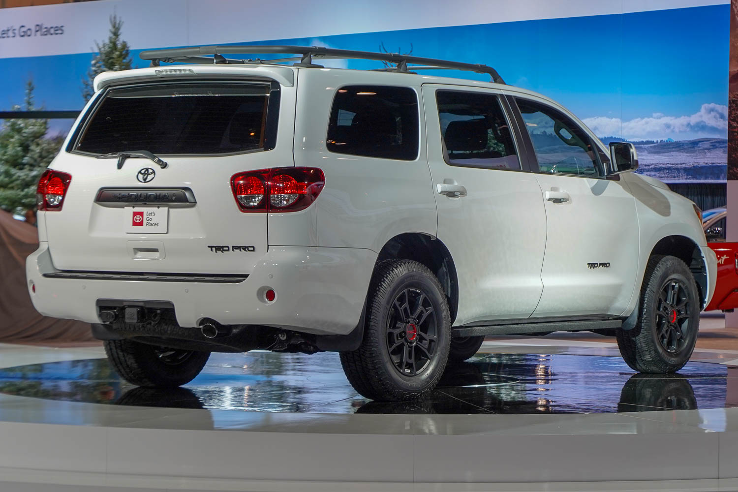 Toyota Large Suv >> 2019 Toyota Sequoia Large Suv Hd Image 1