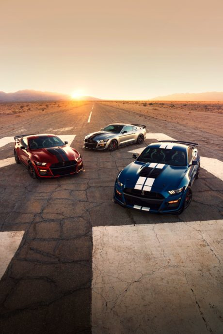 2020 Ford Mustang Shelby GT500 - red, grey and blue