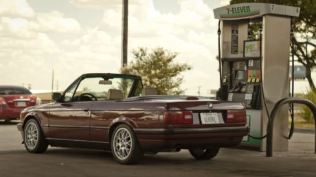 BMW E30 - red cabriolet