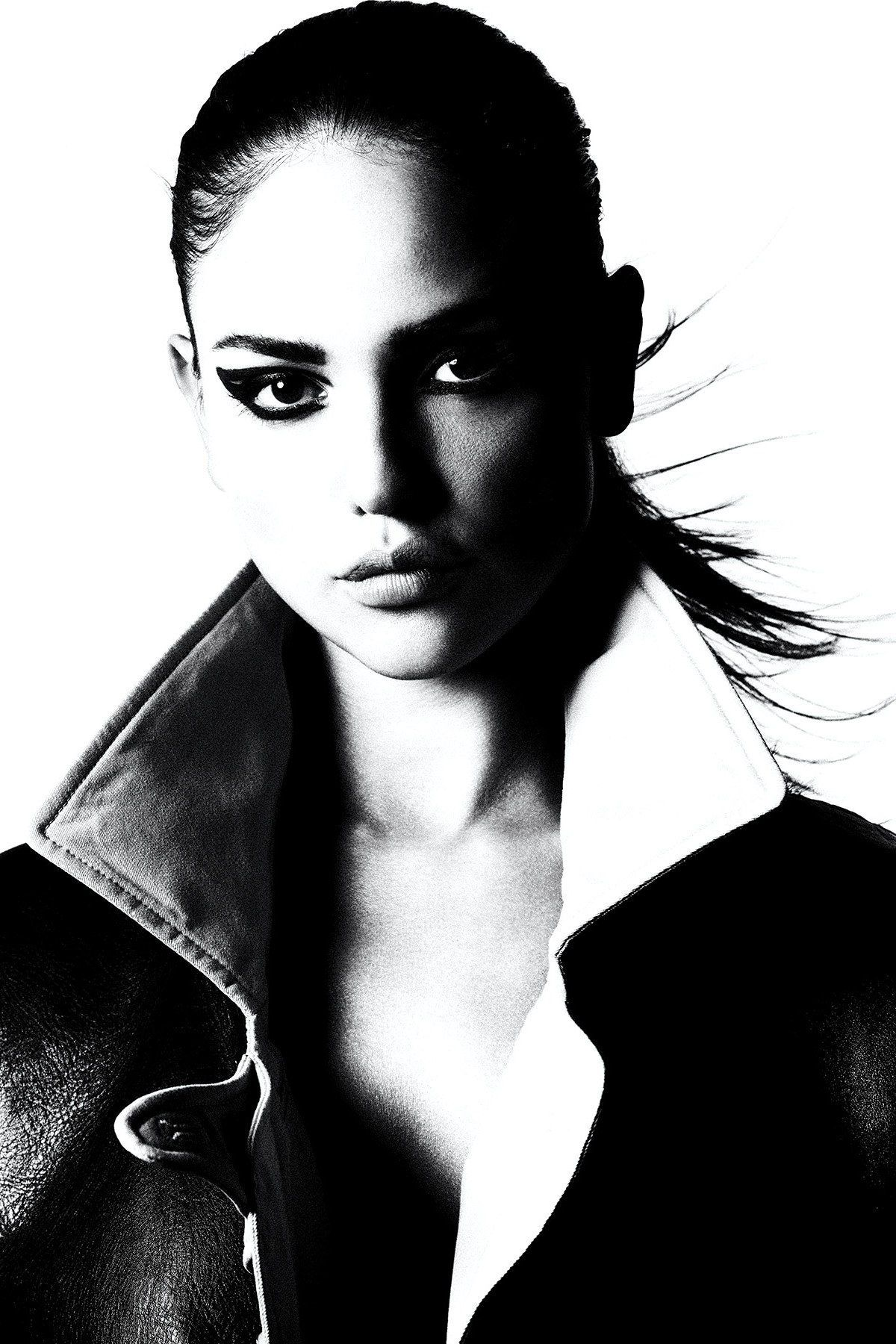 Eiza Gonzalez, face in bw for Vugue Mexico