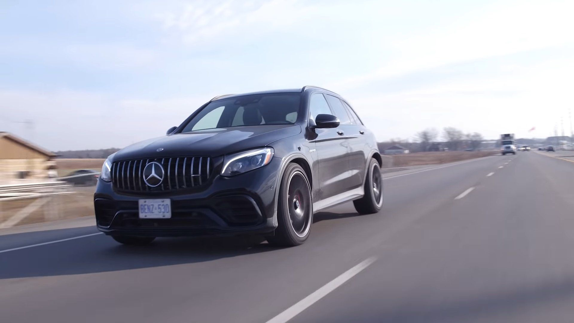 Mercedes-AMG GLC 63s - in motion
