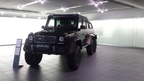 Mercedes-Benz G63 6x6 - Black AMG version
