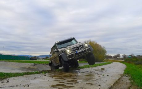 Mercedes-Benz G63 AMG 6x6 in full hd