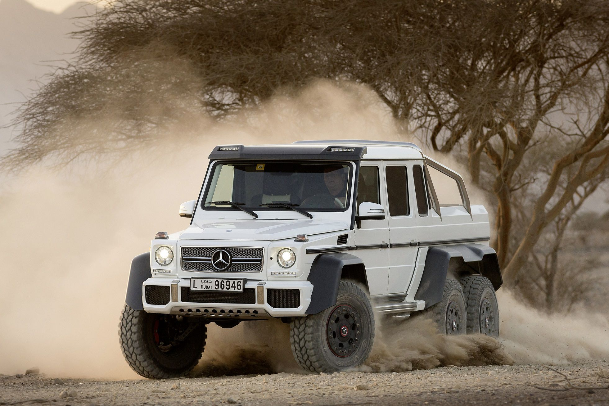 Mercedes-Benz G63 AMG 6x6 in offroad, Dubai Showcar