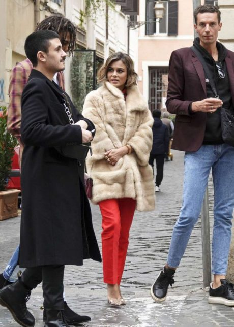 Nathalie Kelley - Fur Coat, street style