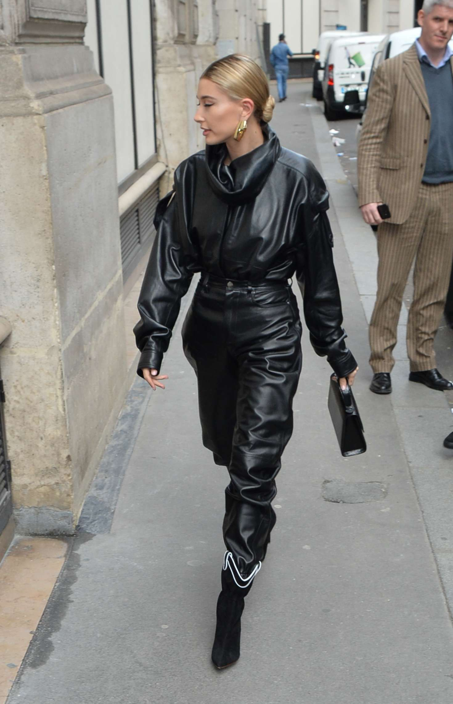 Hailey Baldwin in black leather jacket and pants