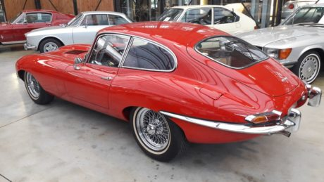 Pgoto 02: 1964 Jaguar E-Type 3.8 Coupe - rear side view