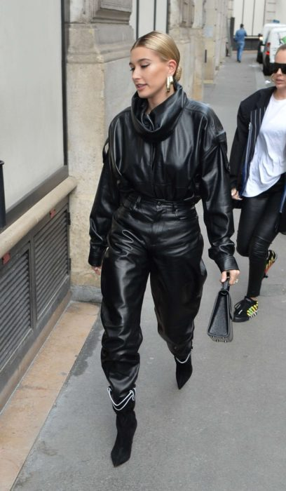 Photo 02: Hailey Baldwin in black leather jacket and pants