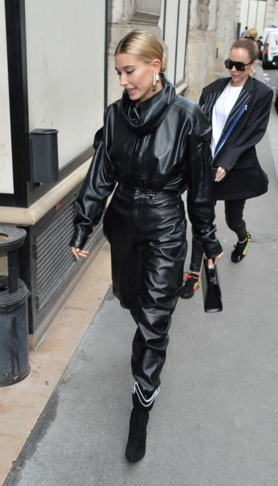Photo 03: Hailey Baldwin in black leather jacket and pants