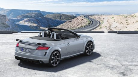 2019 Audi TT RS Roadster at canyon background