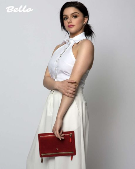 Ariel Winter in stylish white dress