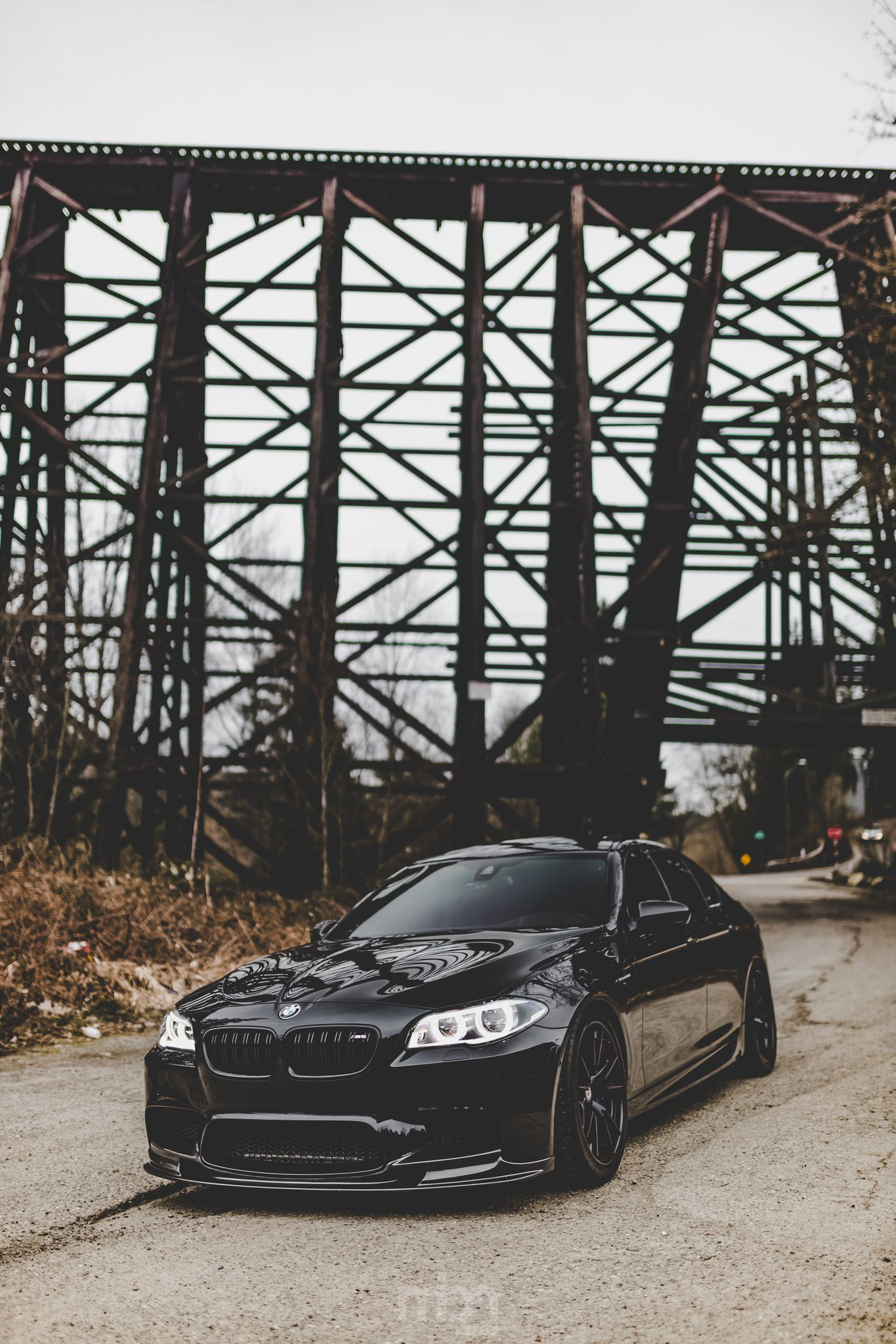 BMW, iPhone theme