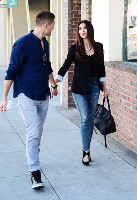 Eric Winter with Roselyn Sanchez are walks in LA