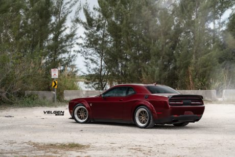 Hellcat Dodge Challenger, wide body kit