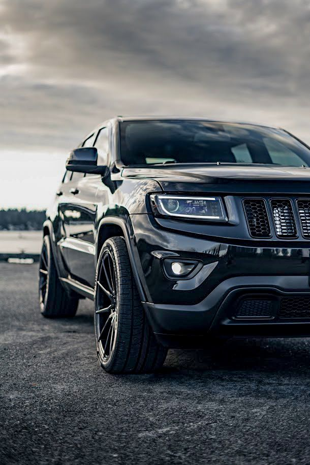 Jeep Grand Cherokee Srt8 Black Legendary Suv Awesome Shots