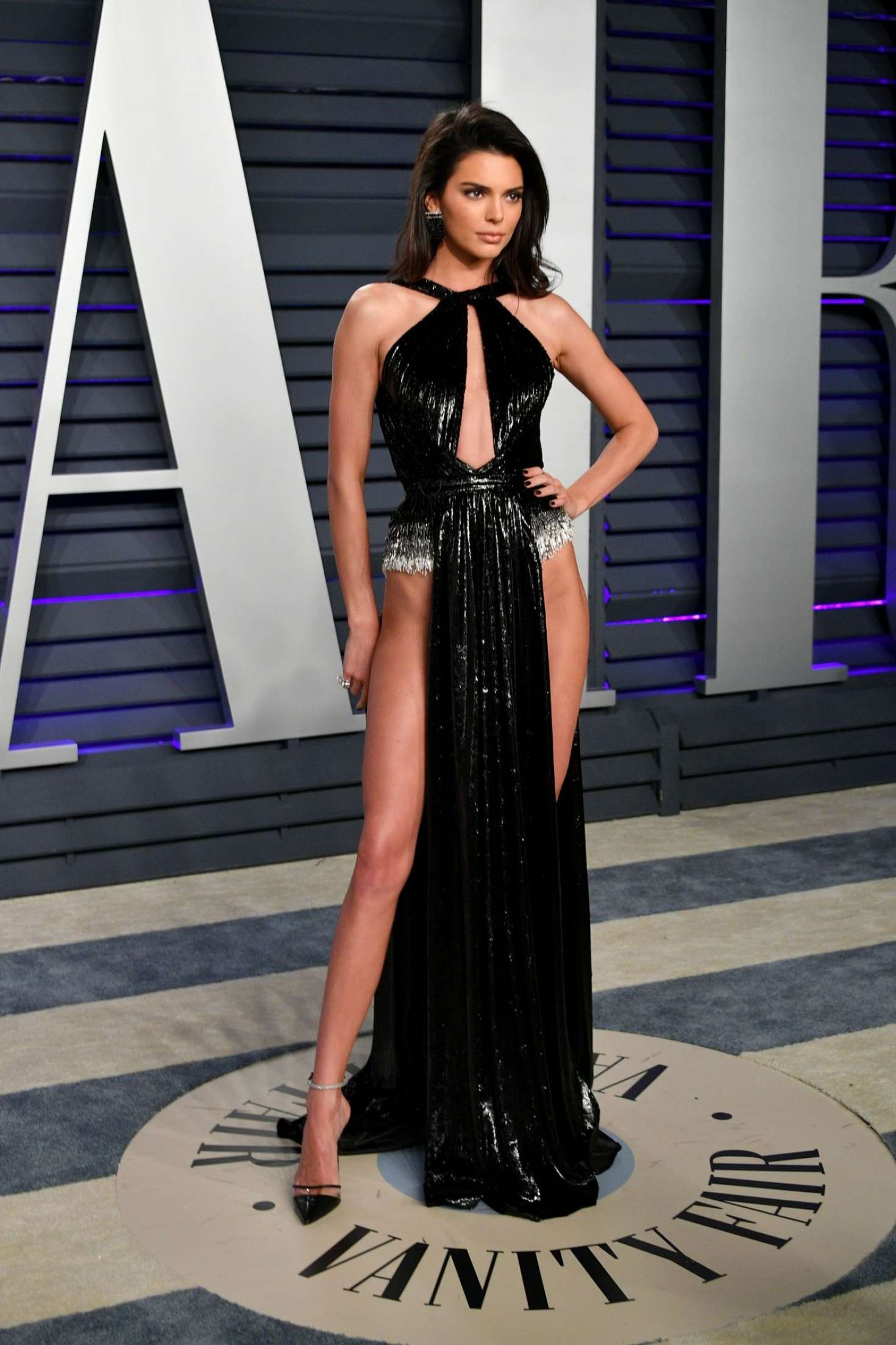 Kendall Jenner poses for a camera at Vanity Fair Oscar Party in Beverly Hills, 2019