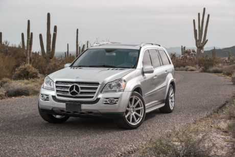 Mercedes GL 550, Gray SUV