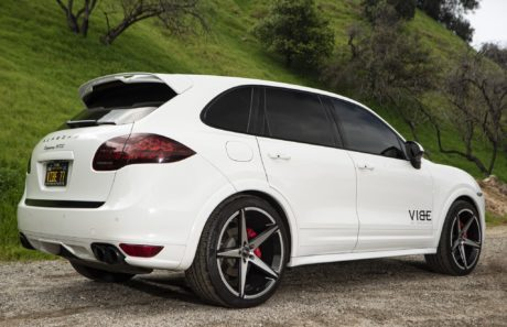 Porsche Cayenne GTS on 22inch wheels