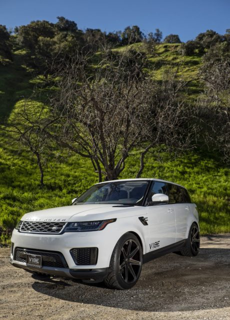 Land Rover – Range Rover Sport – SUV in White Colour, Amazing Shots
