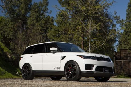 Range Rover Sport on custom wheels