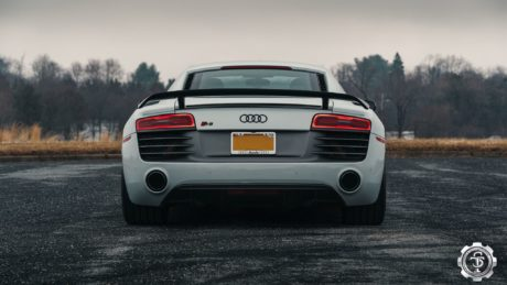 STM R8, taillights view