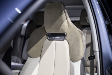 audi Q4e-tron concept - new seats, alcantara&leather