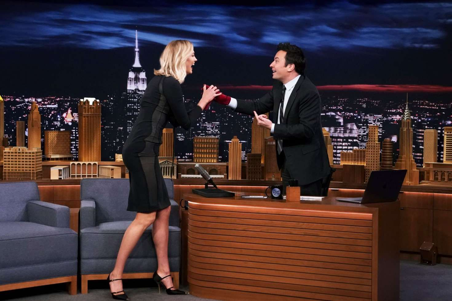 funny Karlie Kloss with Jimmy at the 'The Tonight Show in New York, 2019
