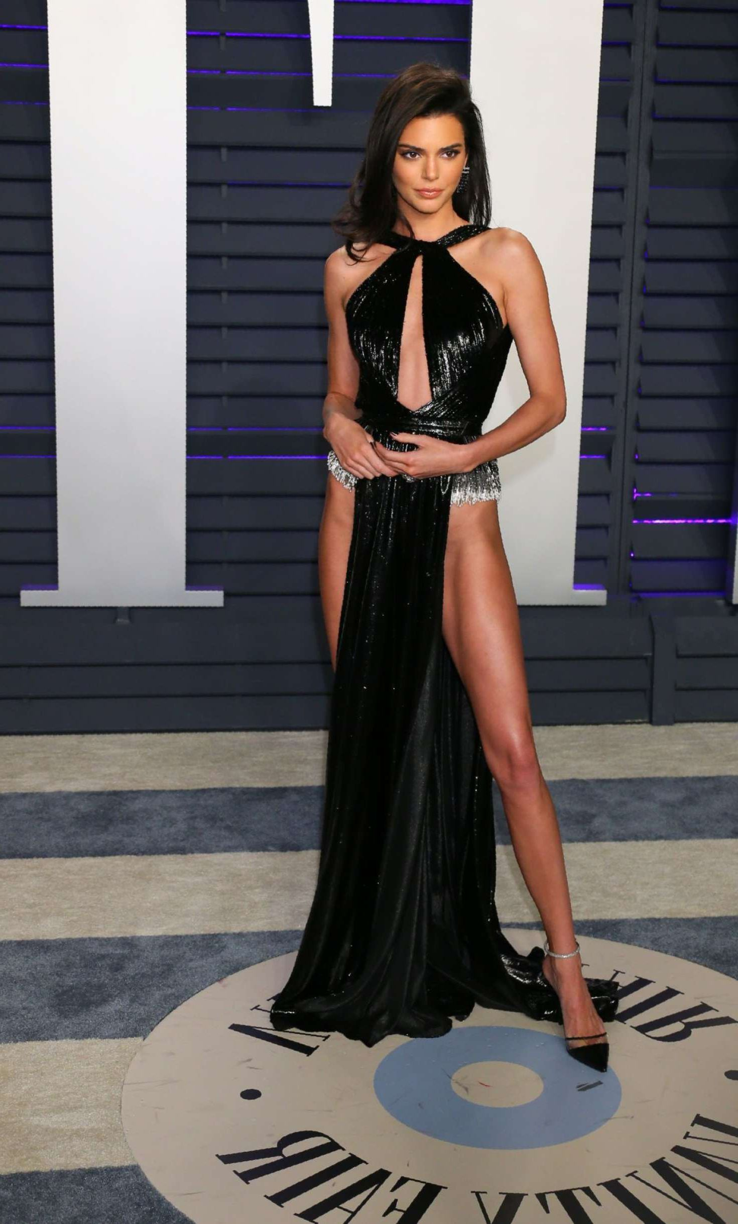 sexie Kendall Jenner at Vanity Fair Oscar Party in Beverly Hills, 2019