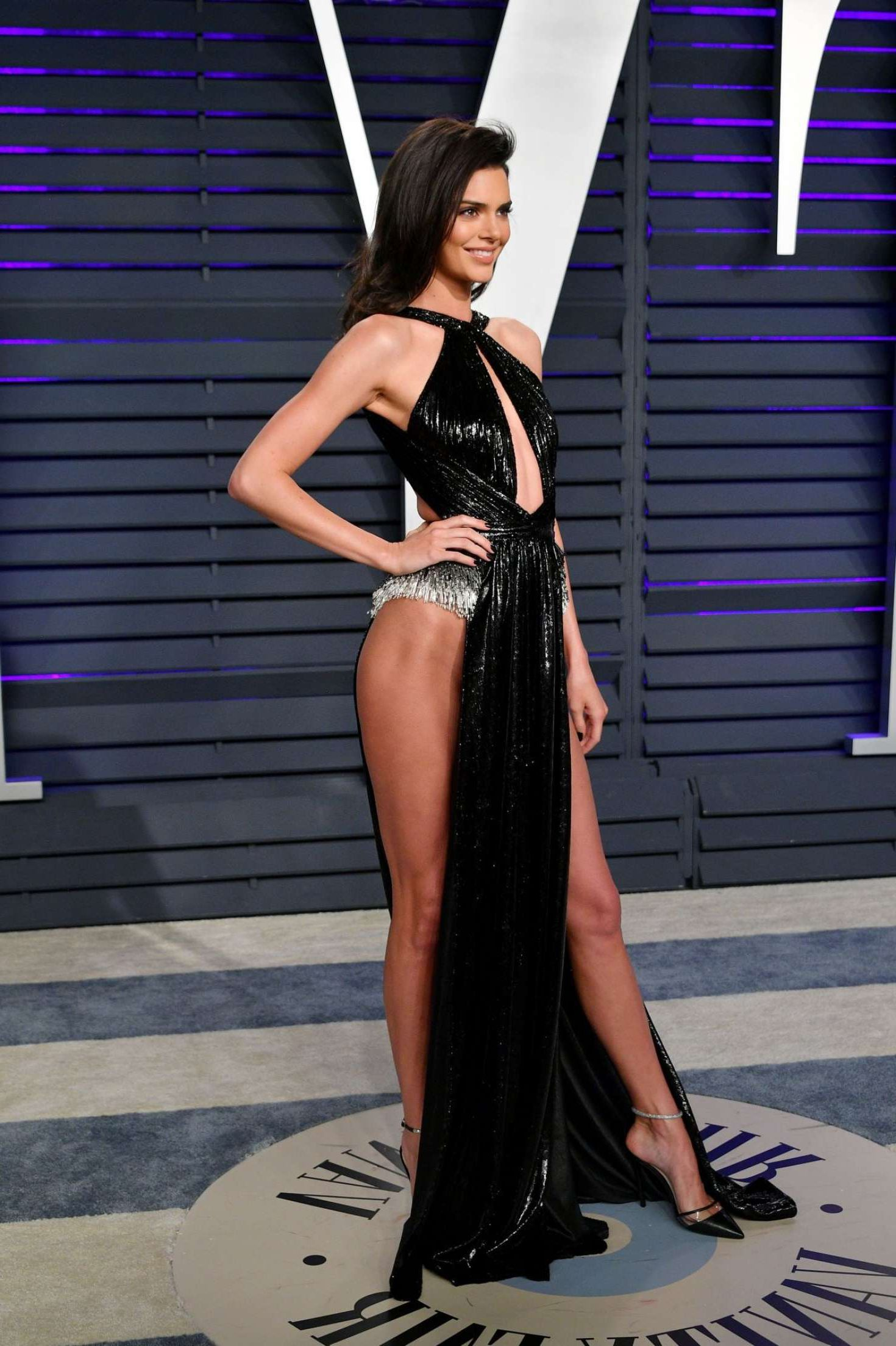 smiles Kendall Jenner at Vanity Fair Oscar Party in Beverly Hills, 2019